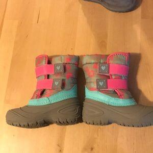 Wonder Nation snow boots size 7
